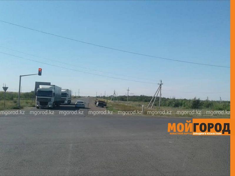 Новости Уральск - Новый светофор установили на перекрестке в Уральске
