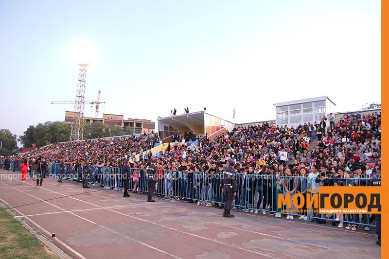 Новости Уральск - Звезды казахстанской эстрады выступили на гала-концерте в Уральске