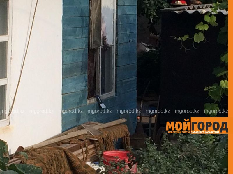 Трупы пожилой женщины и её сына обнаружили в частном доме Уральска (фото)