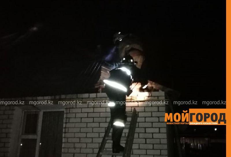 Частный жилой дом горел в Уральске