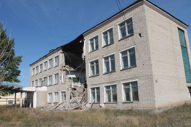 Здание колледжа обрушилось в ЗКО
