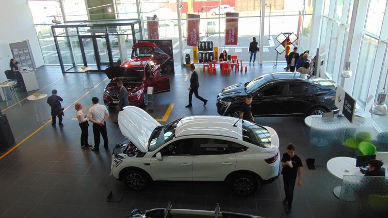 Новости Атырау - Атырау оценил возможности новейших автомобилей Renault