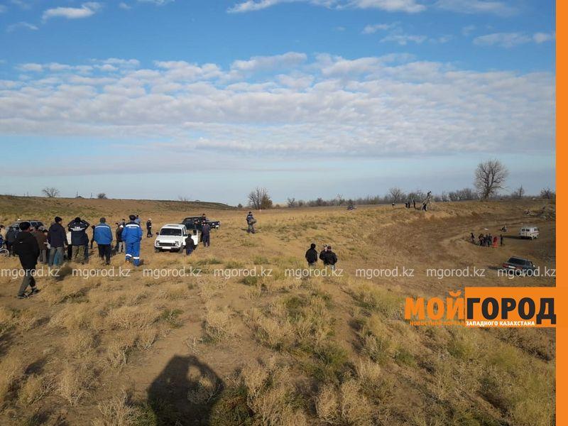 Спасатели Атырауской области второй день ищут мужчину, который вез скот из ЗКО 250 человек ищут пропавших детей в ЗКО (фото)
