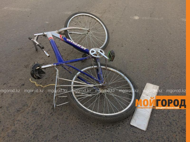 Велосипедиста сбили в Уральске