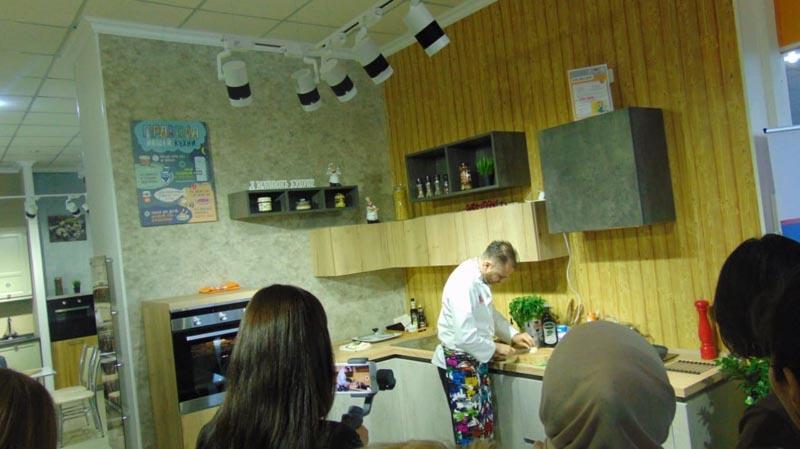 Впервые в Атырау открылся эксклюзивный салон немецких кухонь «Küchen-hof».