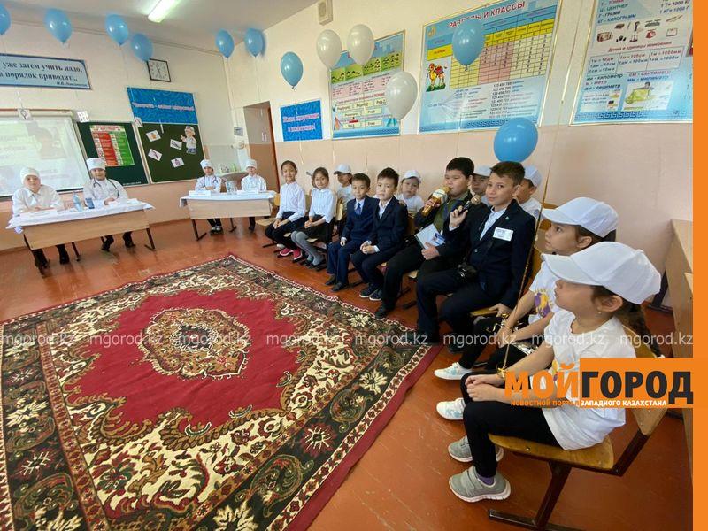 Дети выступили вместо медиков на фестивале здоровья в Атырау