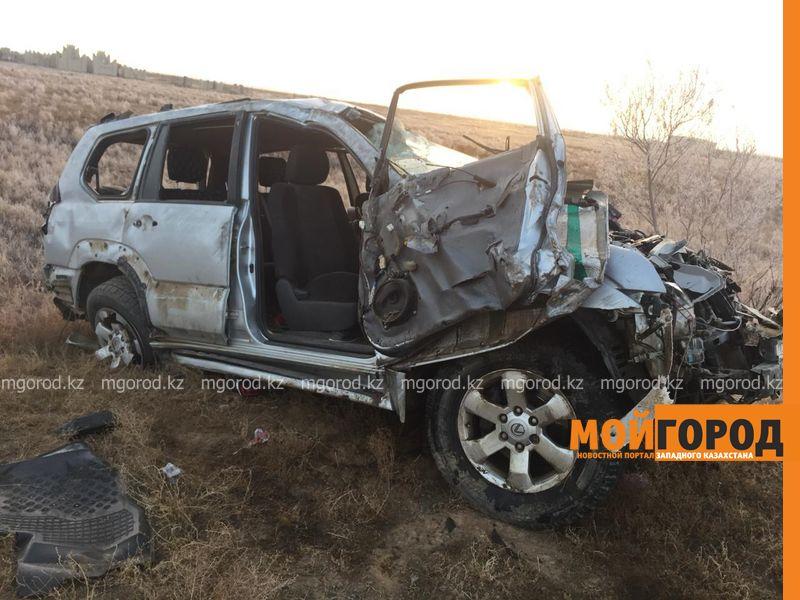 Новости Уральск - 4-летний ребенок пострадал в аварии на трассе в ЗКО