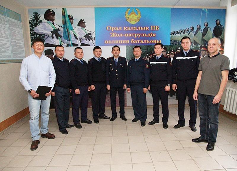 Сотрудники батальона патрульной полиции пройдут курсы Защитного вождения в Уральске