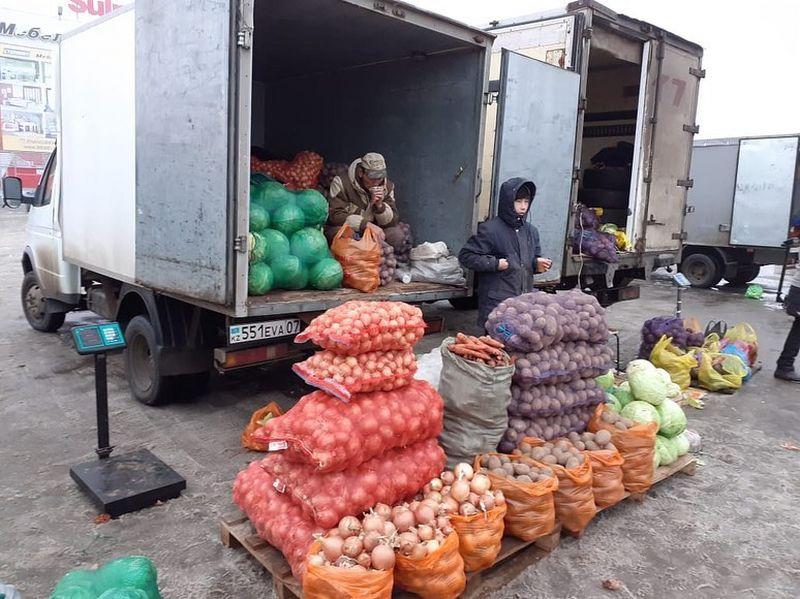 46 предпринимателей представили свою продукцию на ярмарке в Уральске