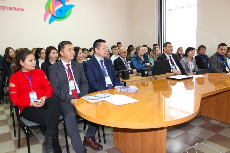 Новости Уральск - Выставка казахстанских вузов и колледжей прошла в Уральске