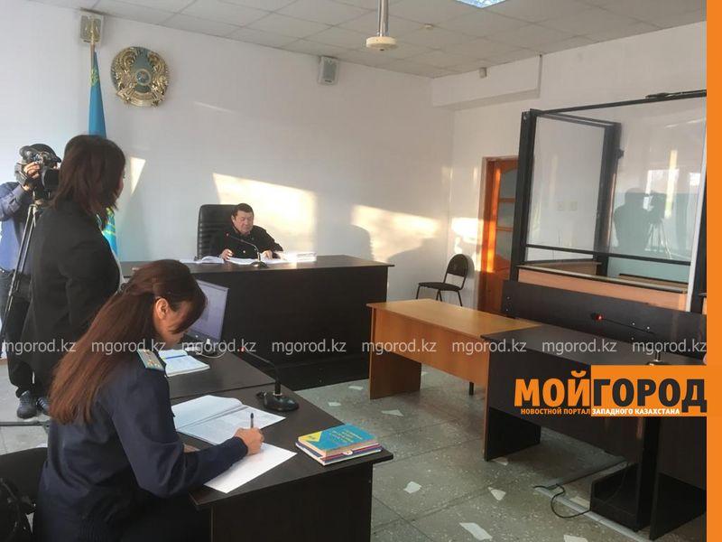 В Актобе судят директора предприятия, уничтожившего редкие деревья