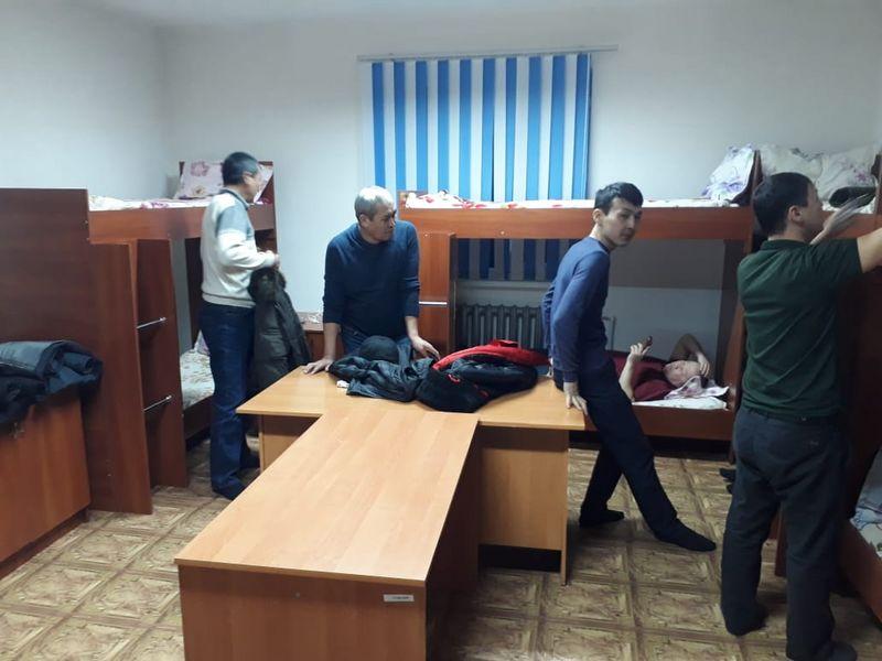 Новости Актобе - Машины и людей вызволяли в буран на дорогах Актюбинской области (фото)