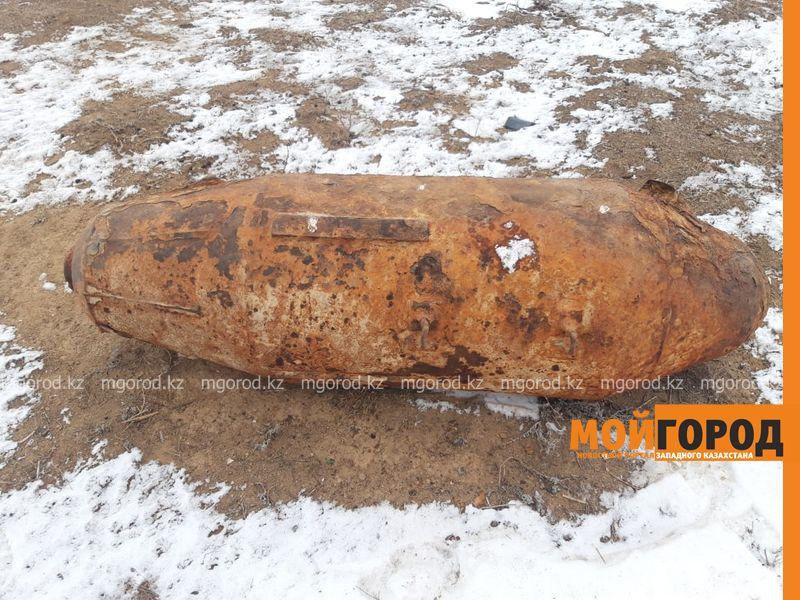 Новости Уральск - Похожие на авиабомбу снаряды нашли в степи ЗКО (фото)