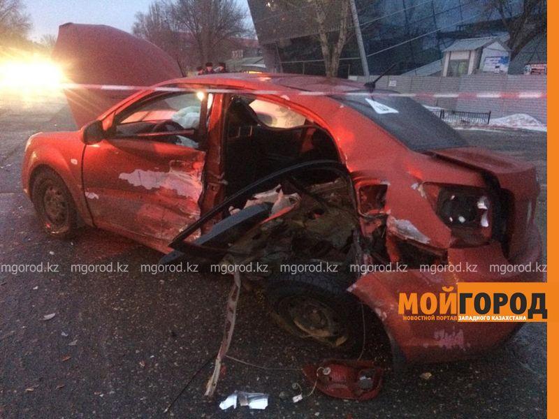 Женщина с ребенком пострадали при столкновении Toyota и Kia в Уральске (фото)