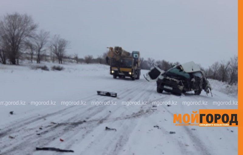 "Toyota Hilux разбилась после столкновения с ""Газелью"" в ЗКО (фото)"