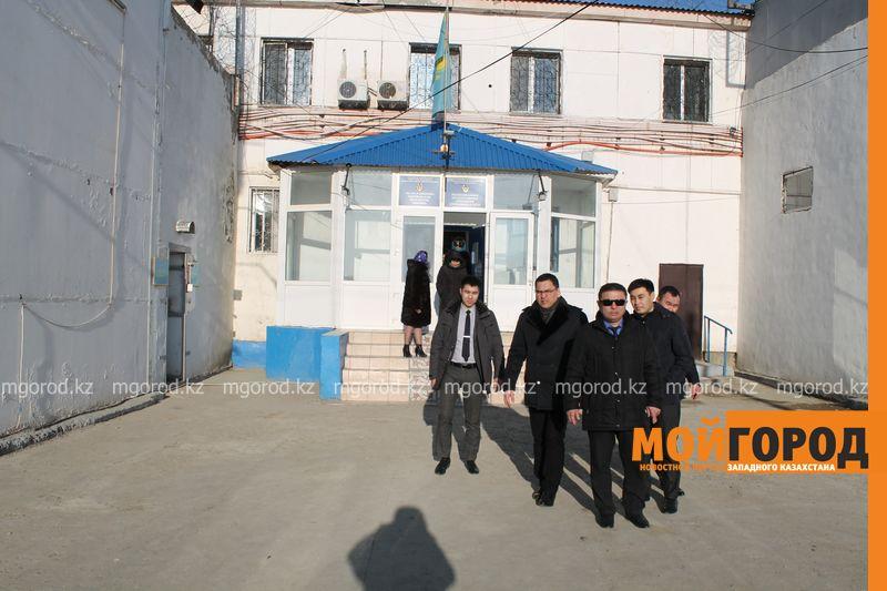 Директора атырауских школ попали в следственный изолятор