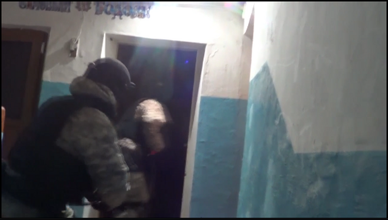 """Полицейские """"накрыли"""" наркопритон в Атырау"""