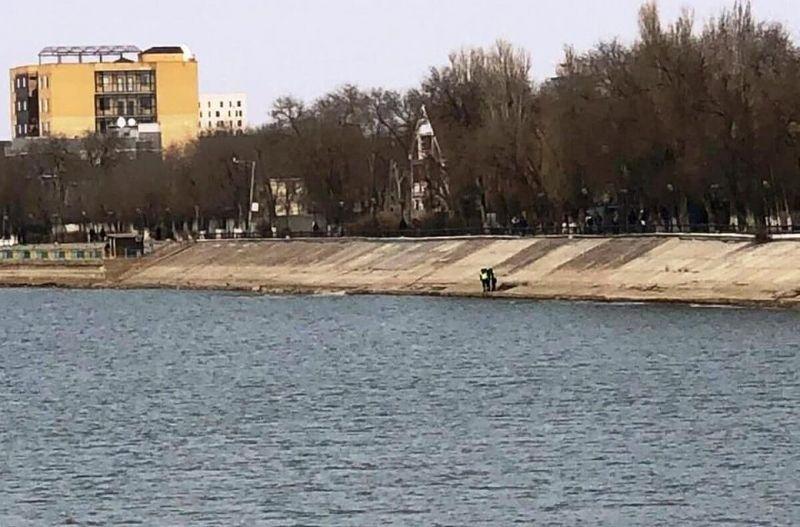Труп 20-летней девушки нашли в реке в Атырау