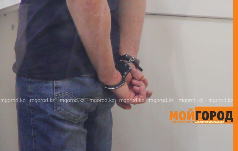 Находившегося 6 лет в розыске угонщика авто задержали в Актюбинской области Чиновника в наркотическом опьянении задержали при получении взятки в ЗКО