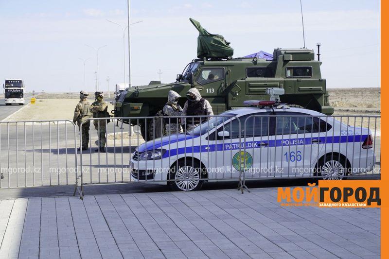 В Атырау карантин продлили до 8 июня Въезд и выезд из Атырау полностью ограничили
