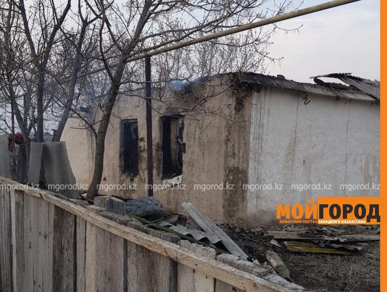 Пожизненное заключение грозит мужчине, который сжег свою жену и детей в ЗКО Тела женщины и двух ее малолетних дочерей обнаружили в сгоревшем доме в ЗКО