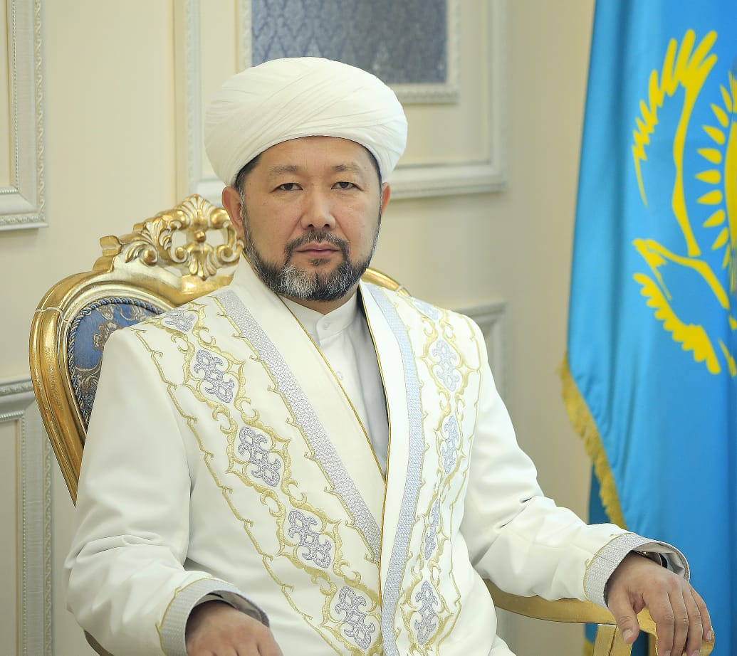 Верховный муфтий поздравил казахстанцев с праздником Ораза айт Верховный муфтий поздравил казахстанцев с праздником Ораза айт