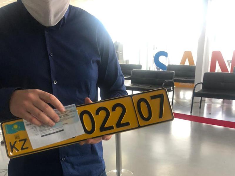 Два автомобиля из Армении зарегистрировали в Уральске Два автомобиля из Армении зарегистрировали в Уральске