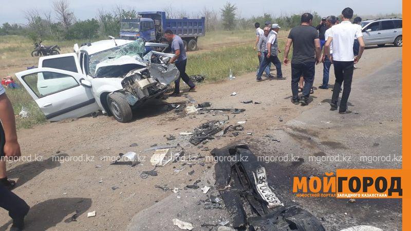 Виновник аварии с шестью погибшими ранее был лишен водительских прав Пять человек погибли в ДТП в Актюбинской области