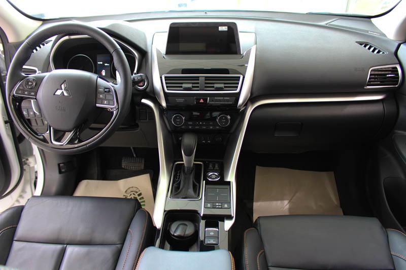 Кроссоверы Mitsubishi семейного типа предлагает ТОО «Урал-Кров-Авто Плюс» Кроссоверы Mitsubishi семейного типа предлагает ТОО «Урал-Кров-Авто Плюс»