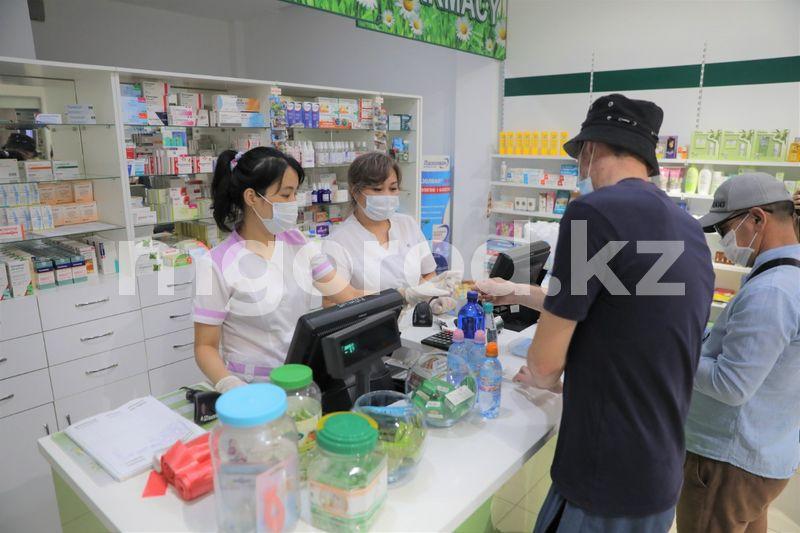 На завышенные цены на лекарства в 15 аптеках пожаловались жители Атырау На завышенные цены на лекарства в 15 аптеках пожаловались жители Атырау