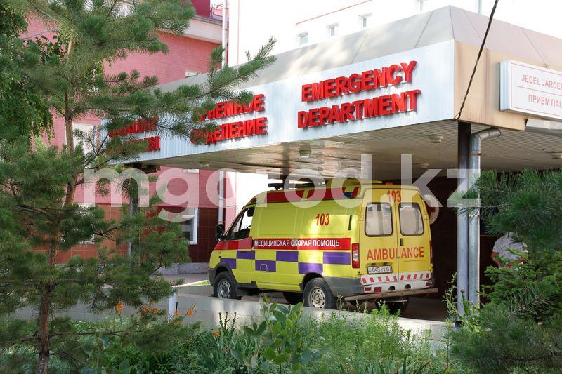 Казахстанцы не будут платить 5400 тенге за вызов мобильной бригады скорой помощи Двойная нагрузка и отсутствие средств санитарной защиты - уральские врачи написали письмо-обращение