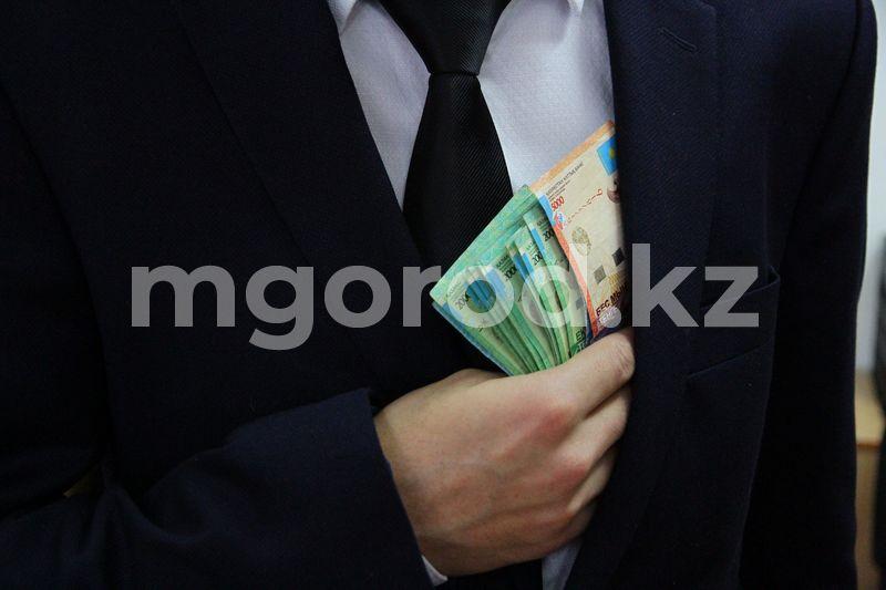 Заместителя акима осудили в Атырауской области Заместителя акима осудили в Атырауской области
