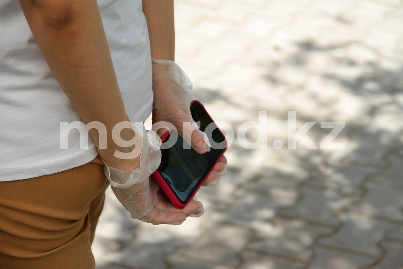 В управлении здравоохранения ЗКО рассказали, почему забирают телефоны у пациентов с COVID-19 В управлении здравоохранения ЗКО рассказали, для чего отбирают телефоны у пациентов