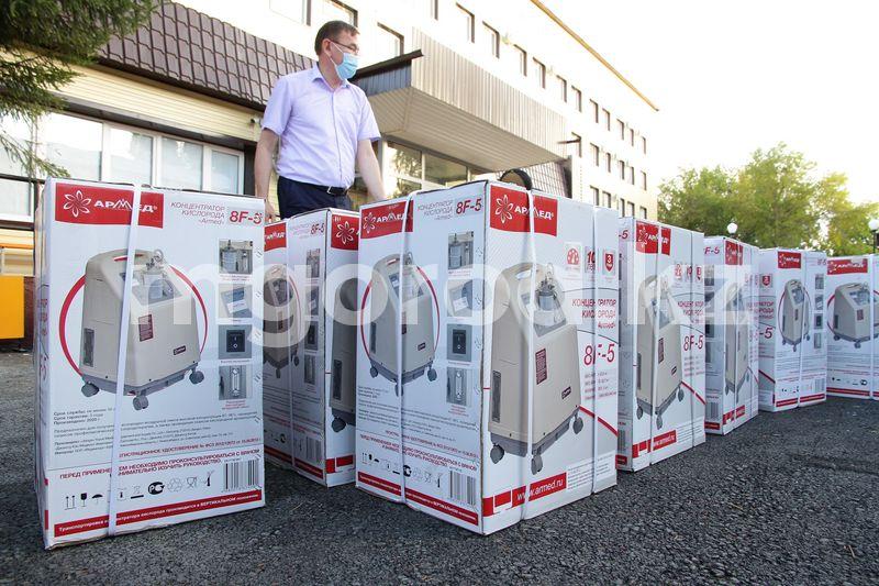 160 кислородных концентраторов привезли в Уральск 76 кислородных концентраторов привезли в Уральск