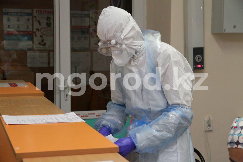 60 мобильных бригад поликлиник оказывают медпомощь населению Семь человек скончались от коронавируса в ЗКО