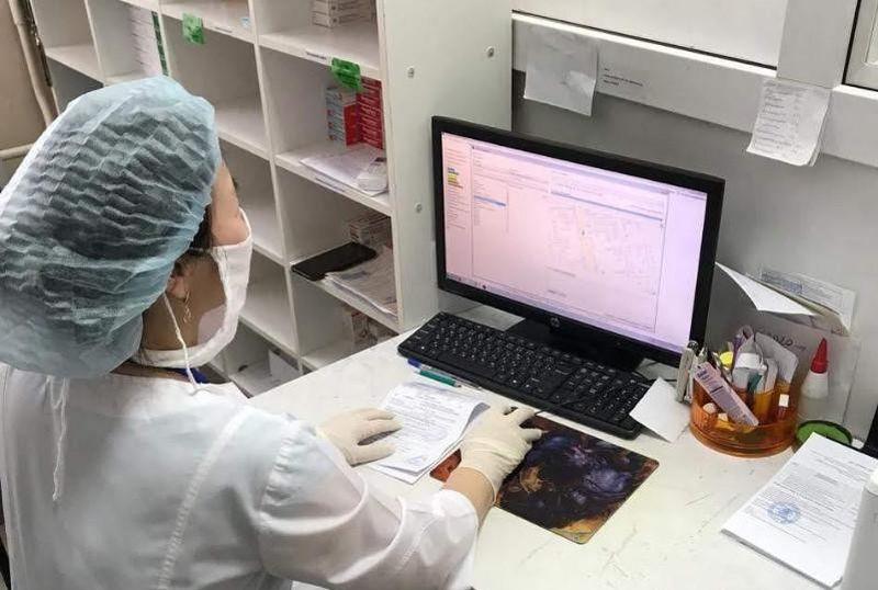 "Общественники сомневаются в наличии лекарственных запасов на складах ""СК-Фармация"" в Актобе Состоящим на учете пациентам в ЗКО в связи с карантином доставляют лекарства онлайн"