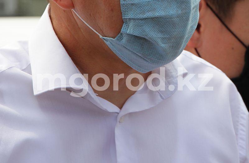 23 человека умерли от COVID-19 и пневмонии в ЗКО Главный санврач Казахстана утвердила обязательное ношение масок на улице