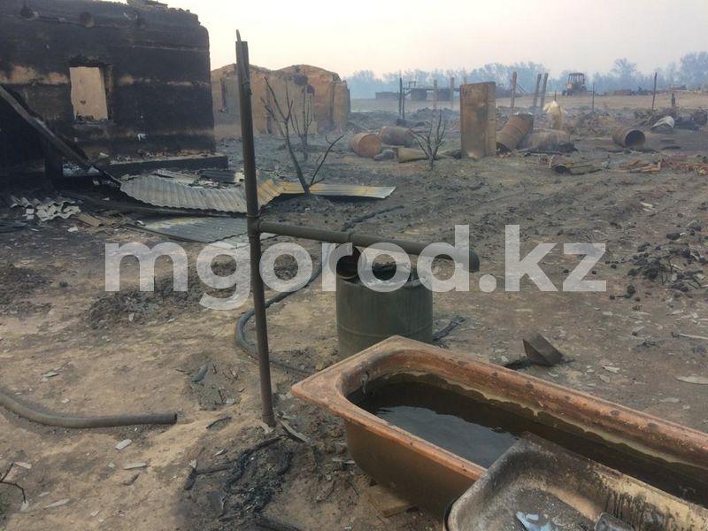 Вертолёт задействовали в тушении пожара в ЗКО (фото) Пожар