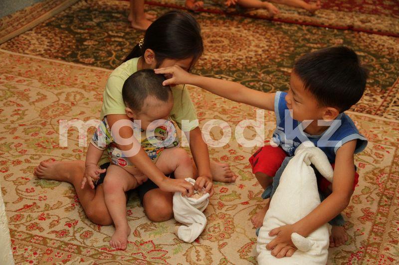 В Уральске онкобольная мать семерых детей находится в коме Отец семерых детей просит помощи для своей онкобольной супруги в ЗКО