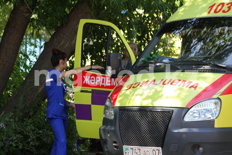 Пьяная женщина упала с 3 этажа в Уральске 86 заболевших COVID-19 зарегистрировали в ЗКО