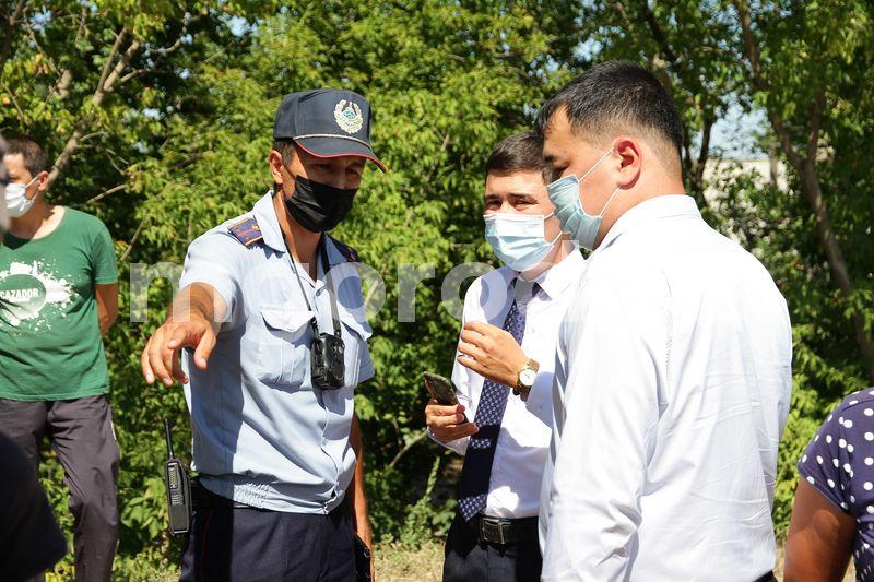 В Уральске дачники требуют запретить продавать арбузы вдоль дороги Дачники Уральска требуют запретить продавать арбузы вдоль дороги