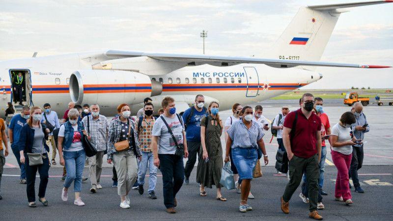 Российские вирусологи прибыли в Казахстан на борьбу с пандемией Российские вирусологи прибыли в Казахстан на борьбу с пандемией