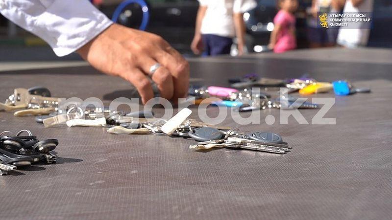 33 семьи получили ключи от новых квартир в Атырау 33 семьи получили ключи от новых квартир в Атырау