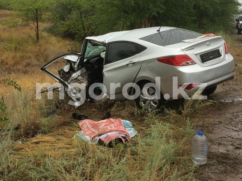 Мужчина погиб при столкновении Hyundai и «Лада Ларгус» в ЗКО (фото) Мужчина погиб при столкновении Hyundai и «Лада Ларгус» в ЗКО (фото)