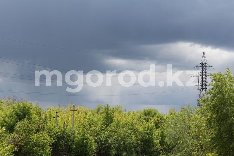 Дождь с грозой пройдет в ЗКО Гроза и сильный ветер ожидаются в ЗКО