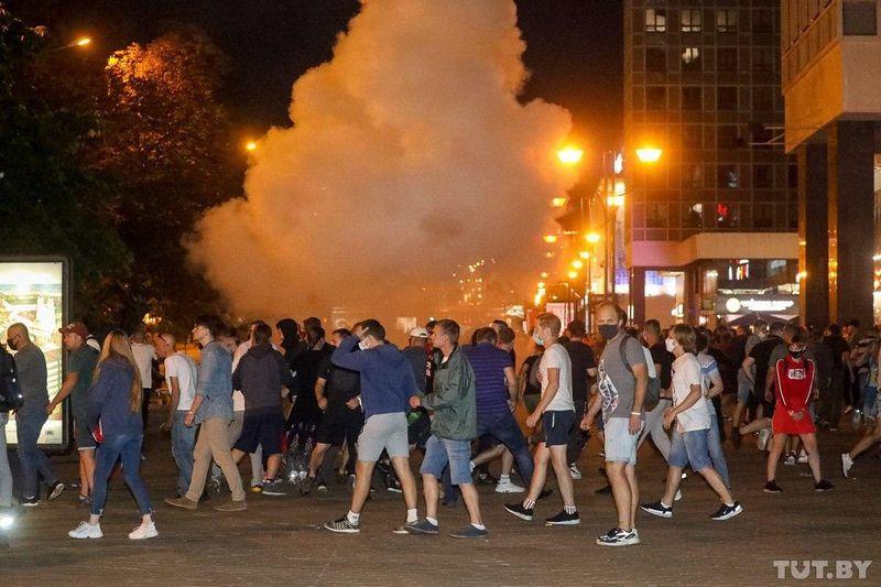 По всей Белоруссии проходят акции протеста По всей Белоруссии проходят акции протеста