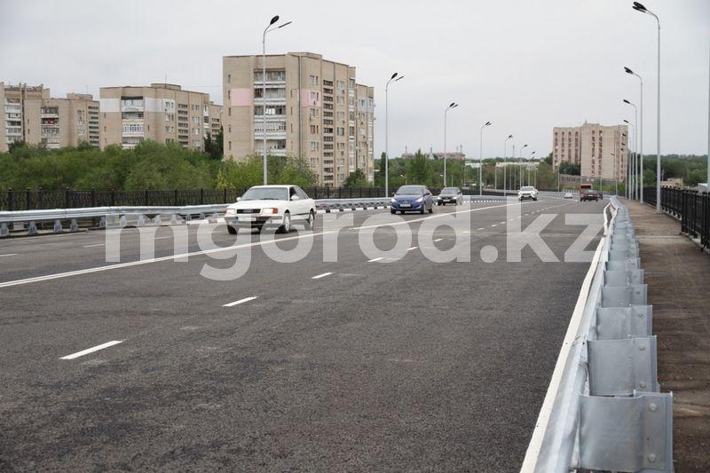 В Уральске открыли омеговский путепровод В Уральске открыли омеговский путепровод