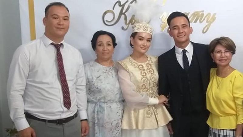 Роза Рымбаева высказалась о свадьбе сына в Атырау Сын Розы Рымбаевой женился на казахстанской певице в Атырау