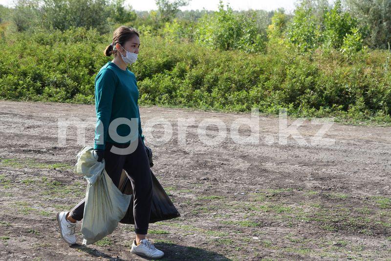 Куда позвонить уральцам, чтобы вывести мусор со дворов Более пяти тысяч человек вышли на субботник в ЗКО