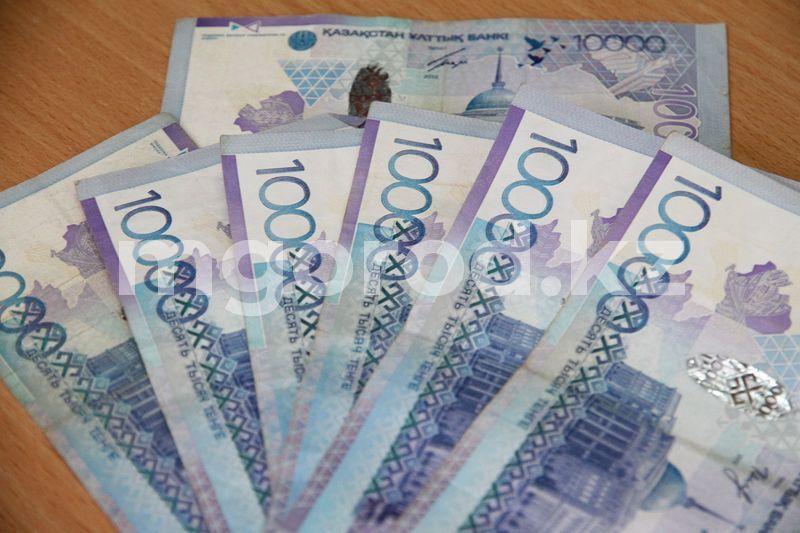 Коррупционеров ЗКО оштрафовали на 33 млн тенге Названы условия для условно-досрочного освобождения коррупционеров